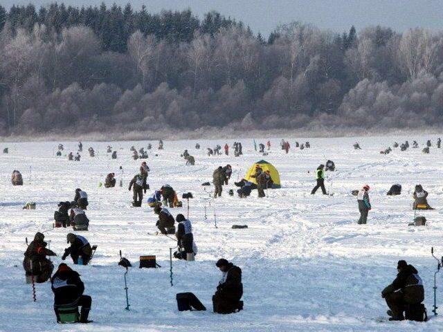 Картинки по запросу зимняя рыбалка